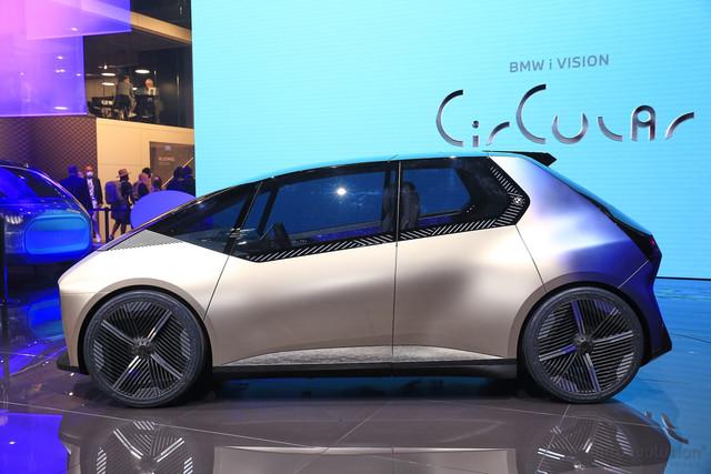 2021 - [BMW] Vision Circular  - Page 2 0-B567-C6-F-F011-4-BF0-9-C03-6-C80-DD8-D54-A9