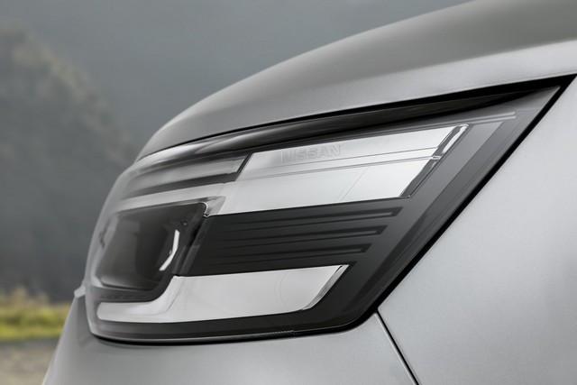 Le Nissan NV300 Combi Fait Peau Neuve New-NV300-Combi-Exterior-Headlamp-1-1200x800