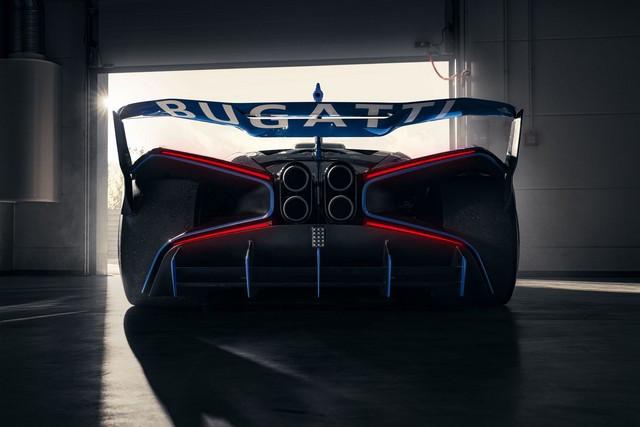 Édition de photos de Bugatti – Le Bolide de Bugatti est bien vrai Bugatti-bolide-daylight-8