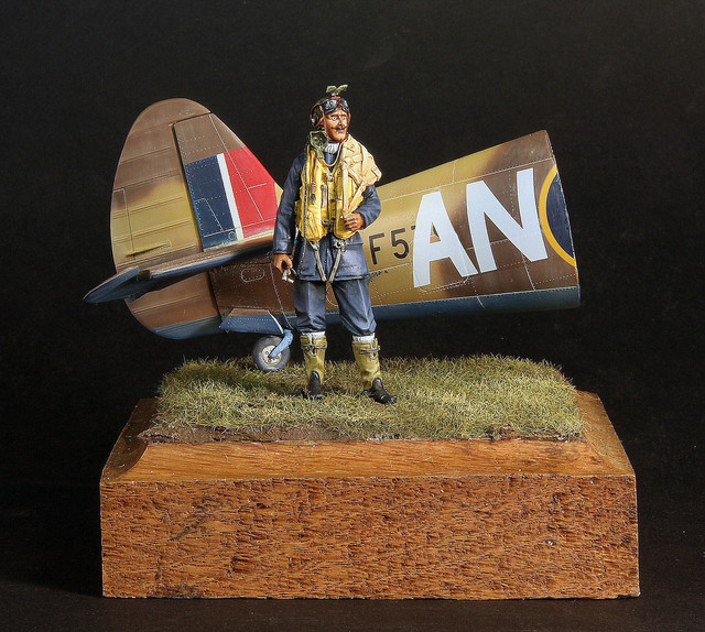 RCAF pilot, 417 Sq Marcianise Italy, janv 1944 IMG-3399