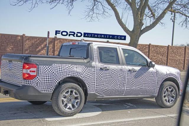 2022-Ford-Maverick-Prototype-Spy-Shots-March-2021-020-728x485