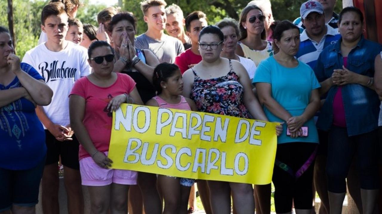 La familia de Emiliano Sala aseguró que Cancillería le pedirá al Reino Unido que no cese la búsqueda