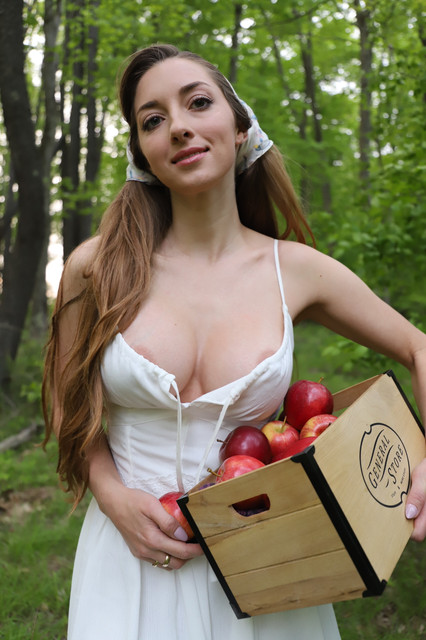 abbyopel-16-06-2020-434547623-Let20-434547623-Letwalk-in-the-woods-Only-Leaks2-on-TG