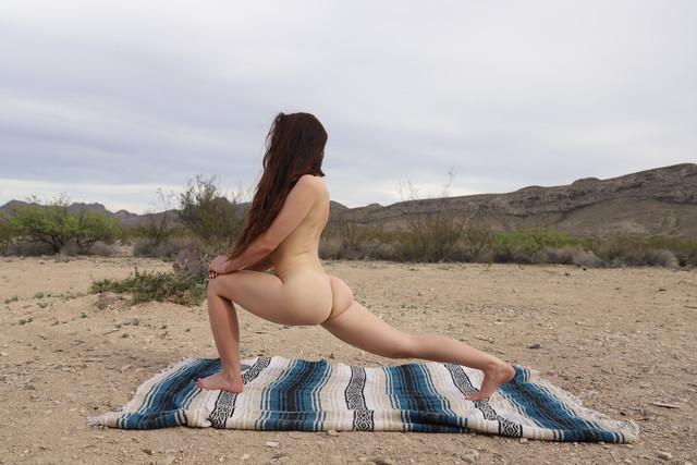 abbyopel-02-05-2021-2098963546-Yoga-time-It46-Yoga-time-Iten-ray-of-sunshine-of-sunshine-0-116309507