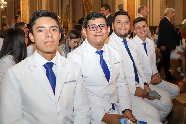 Graduacio-n-Medicina-26