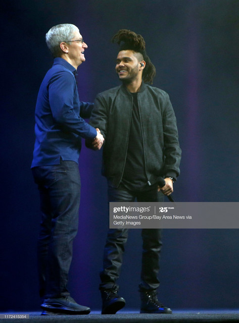 Apple-CEO-Tim-Cook-thanks-The-Weeknd-for-performing-a-song-at-the-Worldwide-Developers-Conference-Mo.jpg