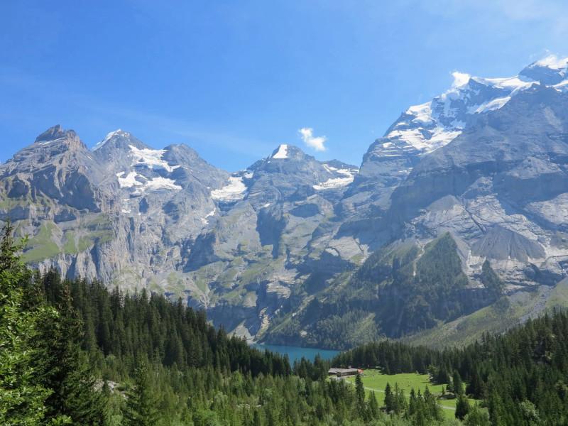 Oeschinensee from Heuberg trail begin