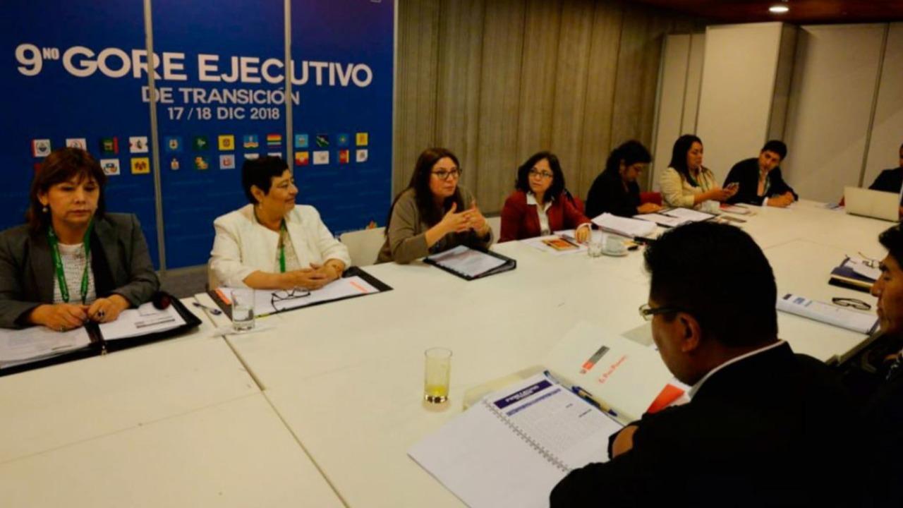 Autoridades electas se comprometen a trabajar a favor de la mujer