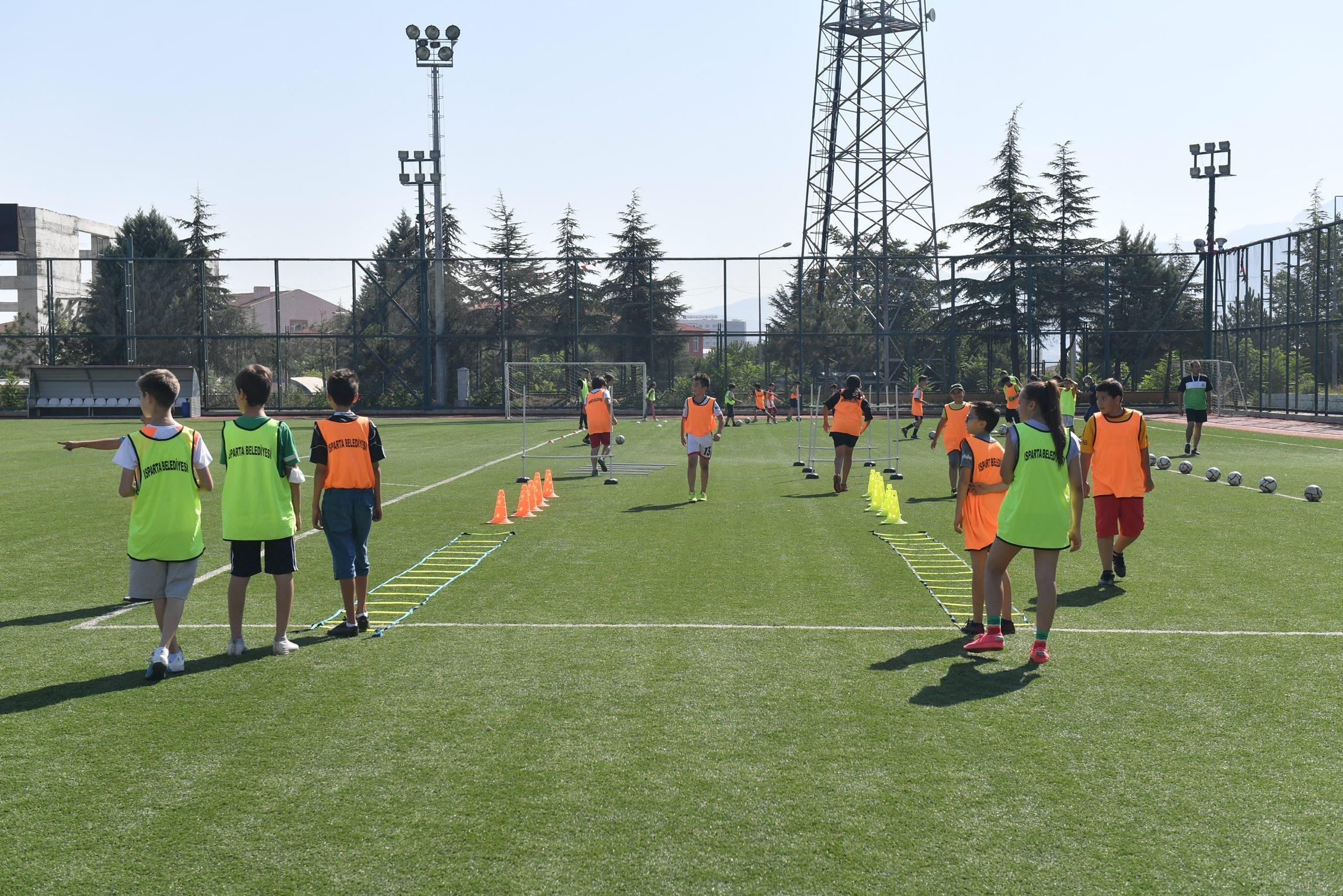 27-08-2021-futbol-yaz-okulu-4