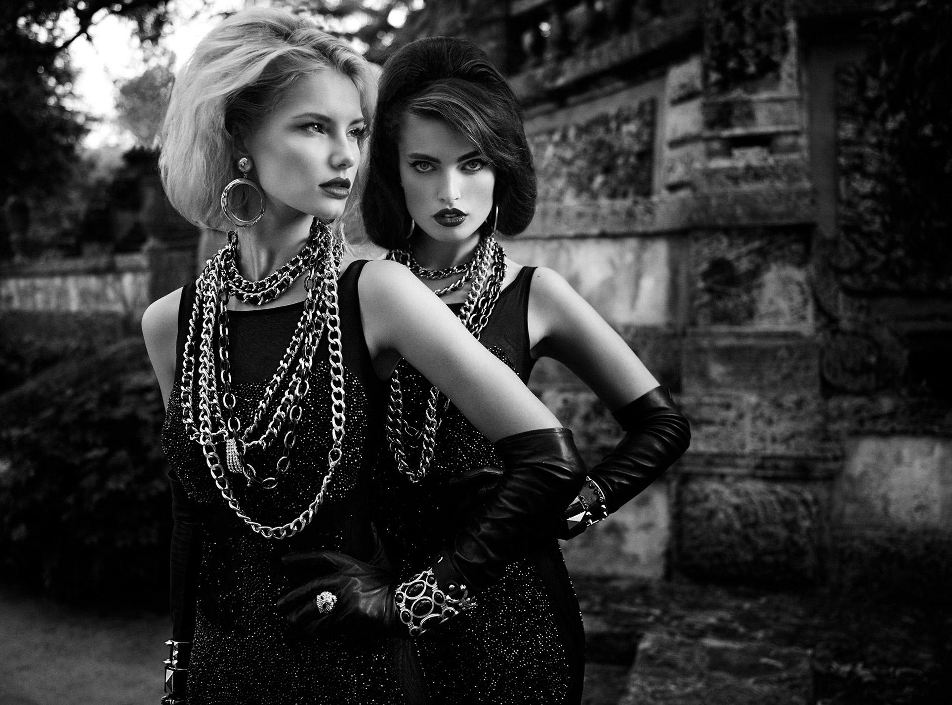 2 девушки во французском замке / фото 03