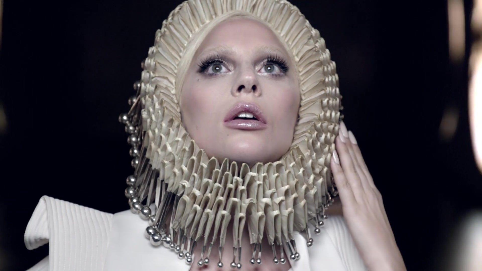 2015-Dec-Intel-x-Gaga-6.jpg