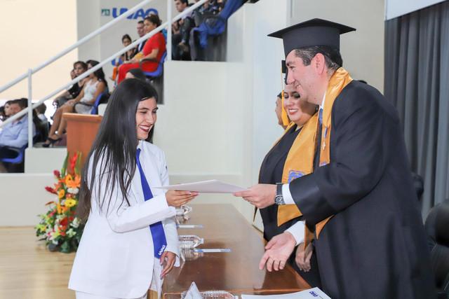 Graduacio-n-Medicina-57