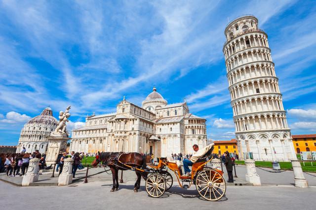 West-Europe-Saver-Xperience-Plus-Wertheim-Village-by-Qatar-Airways-Tourist-at-Pisa