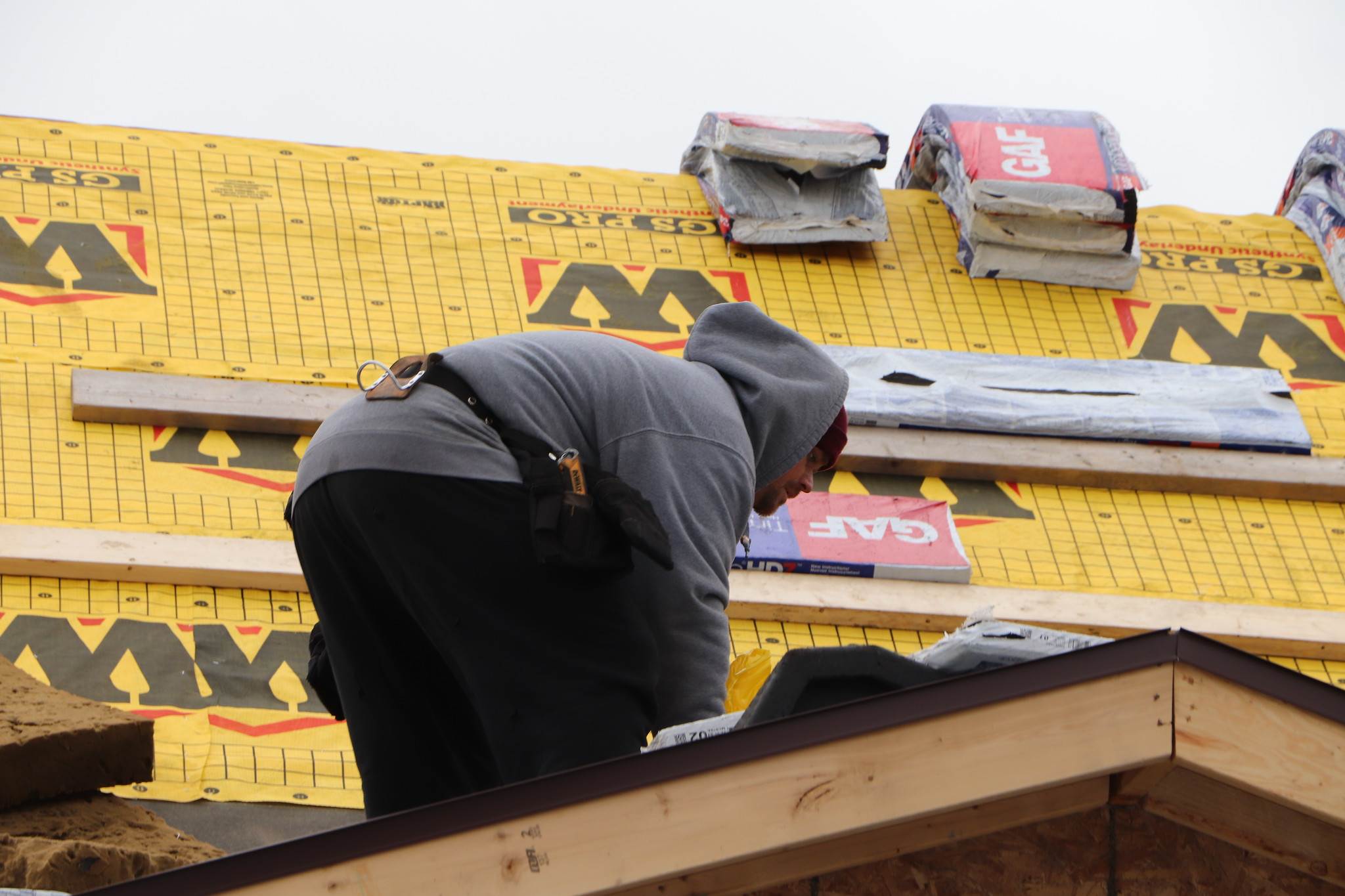 What Should You Look for in A Professional Roofer?