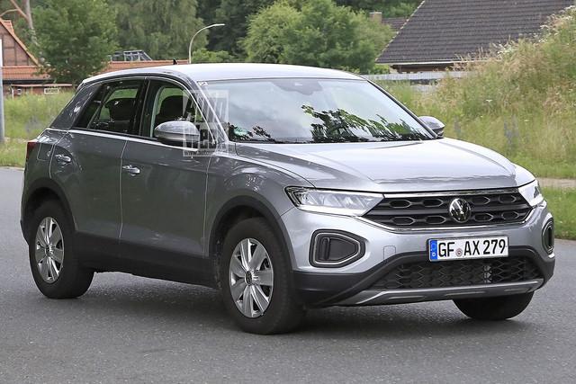 2022 - [Volkswagen] T-Roc restylé  2-D111-DDD-D8-DF-425-D-B2-C7-9-CDD9-FB3-C044