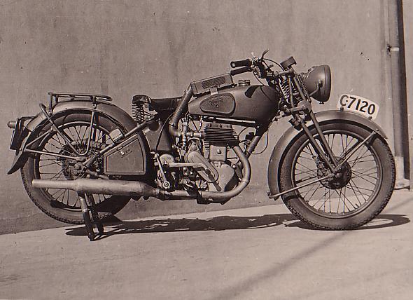 A-1939-Australian-C7120-Vokes