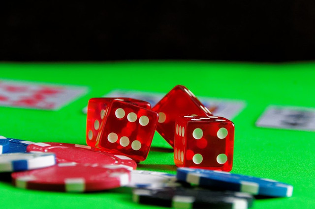 Bookmakers additionally approve that on some events they will be wrong and pay greater than they take in for a certain occasion i.e. £ 1000 in bets payout £ 1200. They are not troubled! They recognize that with time central dominoqq they make a lot more than they pay!  #domino #qq #poker #online #judi #qiu   Web: http://qqpokeronline.me/