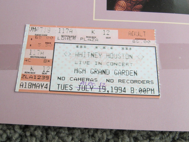 The-Bodyguard-World-Tour-Las-Vegas-Concert-Ticket-12-August-1994-2
