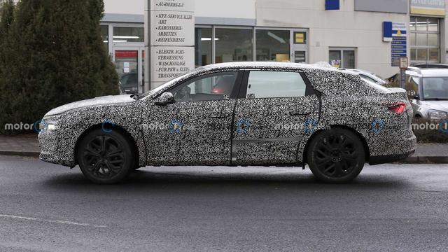 2021 - [Citroën] C5 III  [E43] - Page 19 75060-C11-9586-40-AB-962-F-8-C20-F0594648