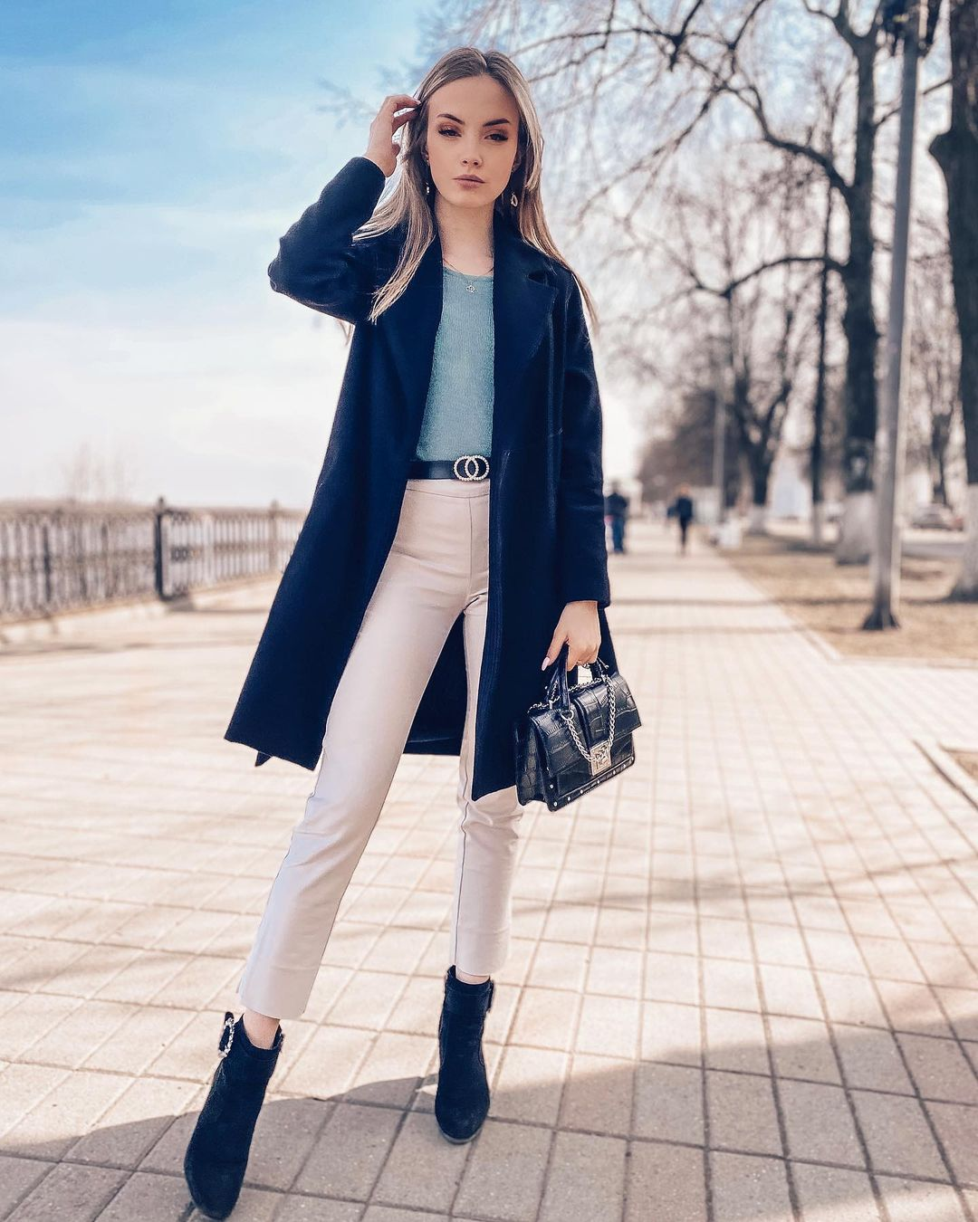Anastasia-Fefilova-Wallpapers-Insta-Fit-Bio-3