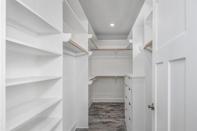 1169-Sailfish-master-closet-new