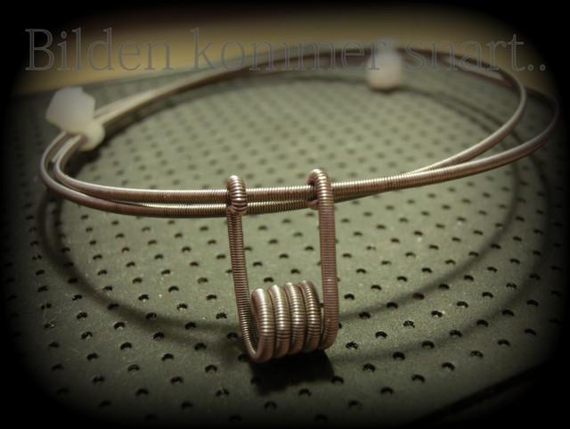 Alien-Clapton-pendant.jpg