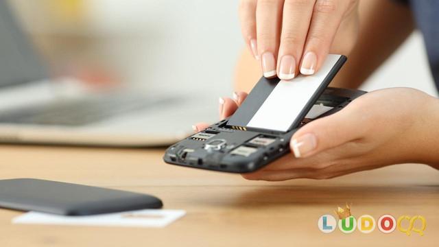 5 Kebiasaan ini bisa buat Handphone semakin Cepat rusak lho