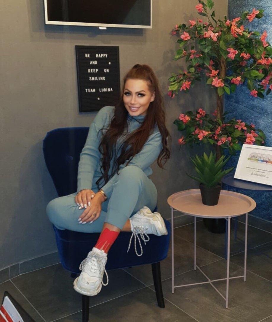 Olivera-Matijevic-Wallpapers-Insta-Fit-Bio-9
