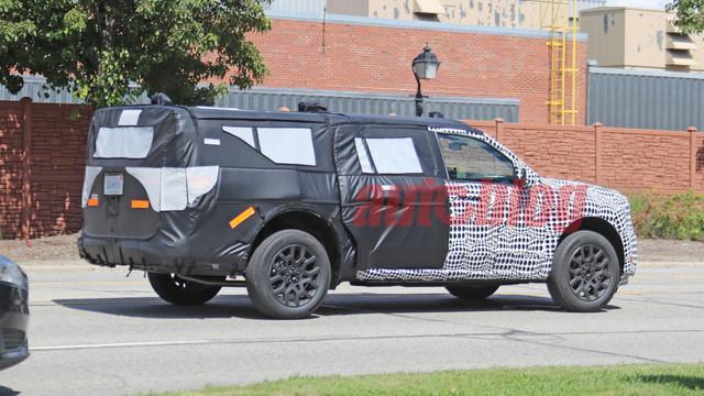 2020 - [Ford] Pickup  C4-ECB9-A3-4-E50-4-FFA-82-F9-CE8-E37-BC9-B52