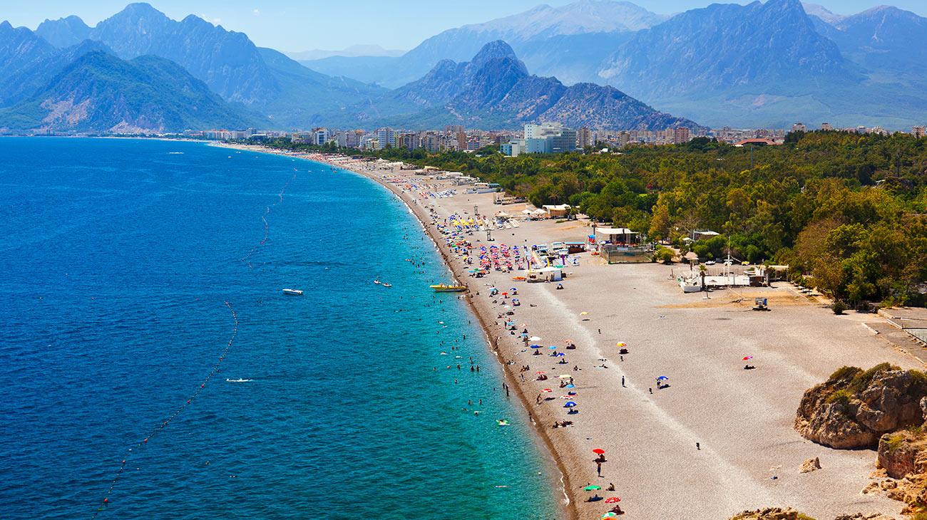 السياحة في ندينة انطاليا