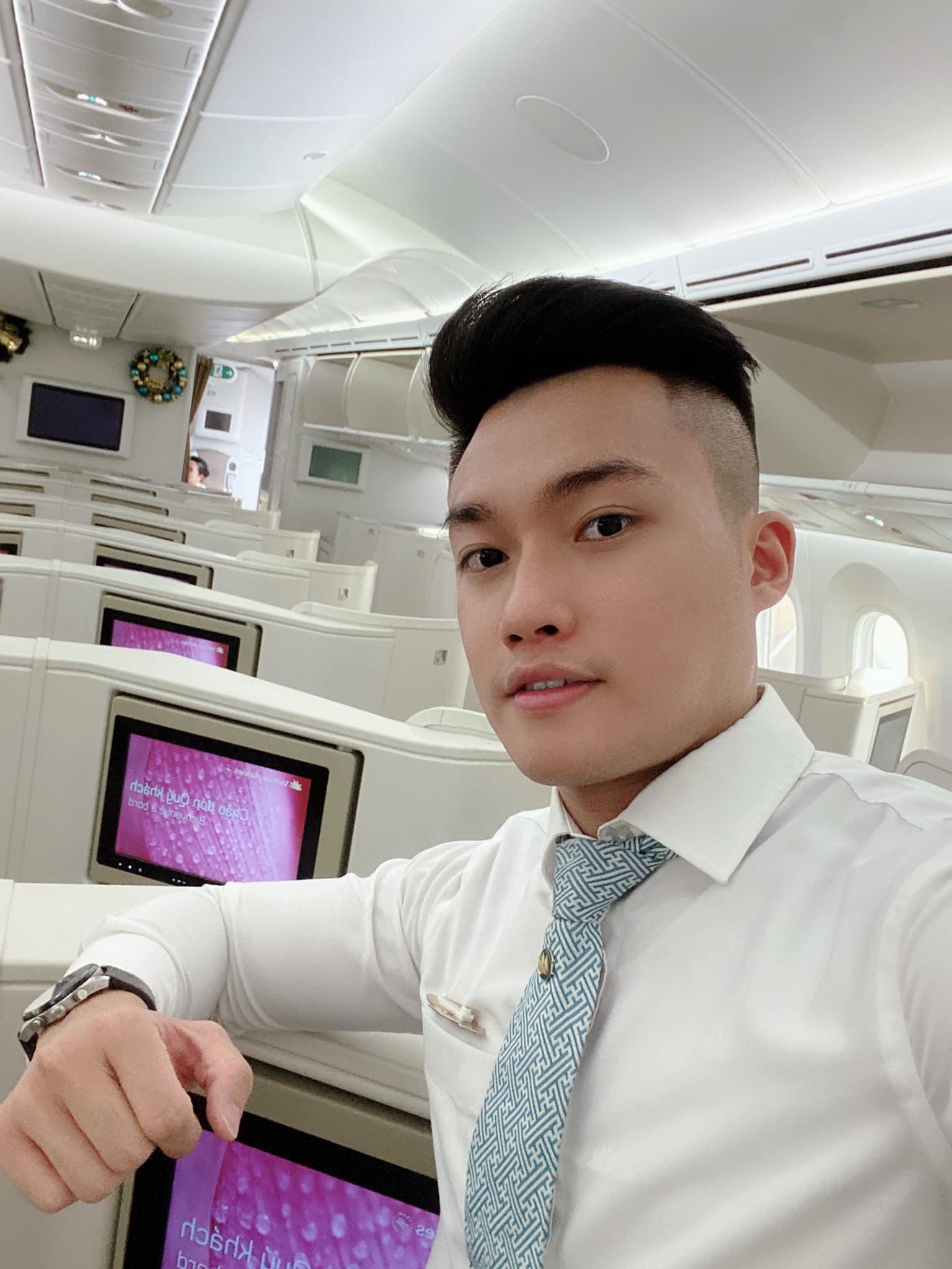 Thanh Nam (1993), tiếp viên hàng không, có chơi 3D nha