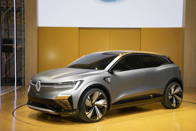 2020 - [Renault] Mégane eVision - Page 6 FC26-A07-E-A65-B-42-BD-BF81-ED9046-EE4-DBF
