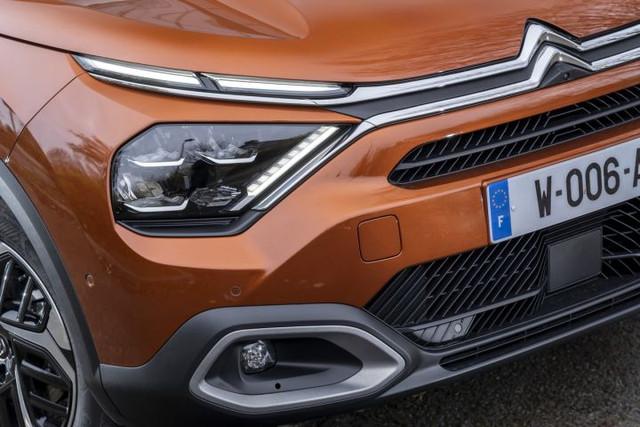 2020 - [Citroën] C4 III [C41] - Page 34 B4-C2-C234-A7-F8-4154-A7-D8-71-BDD2649786