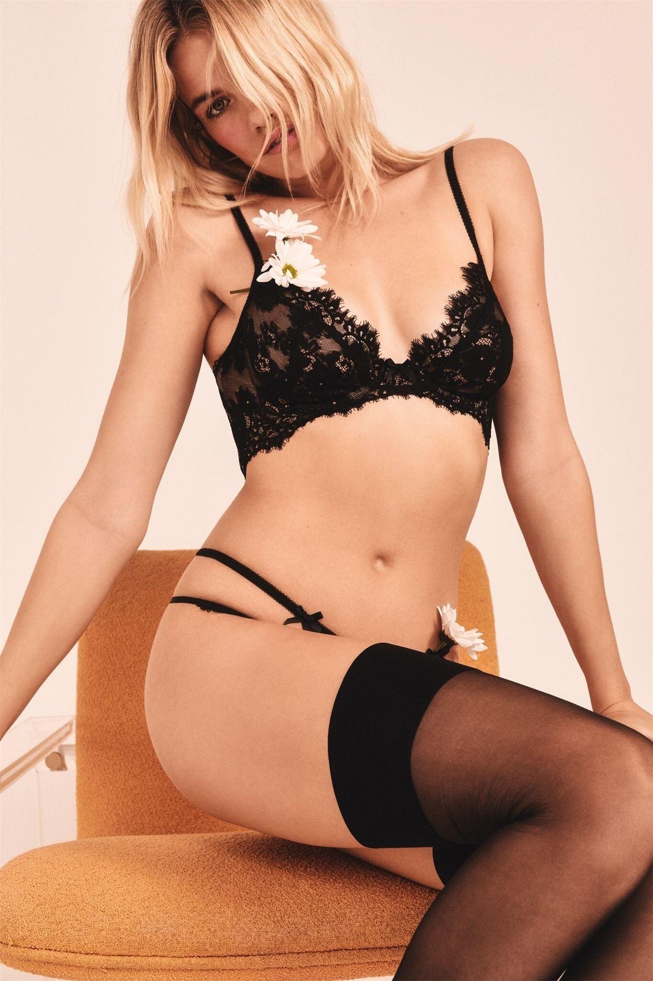 Хейли Клоусон в новой модной коллекции нижнего белья / фото 32