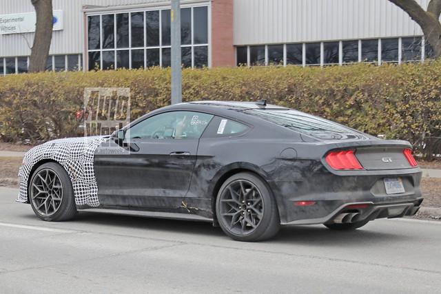 2021 - [Ford] Mustang VIII CB91375-A-E2-BF-4-DE8-BE0-E-18-AB1-FA51446