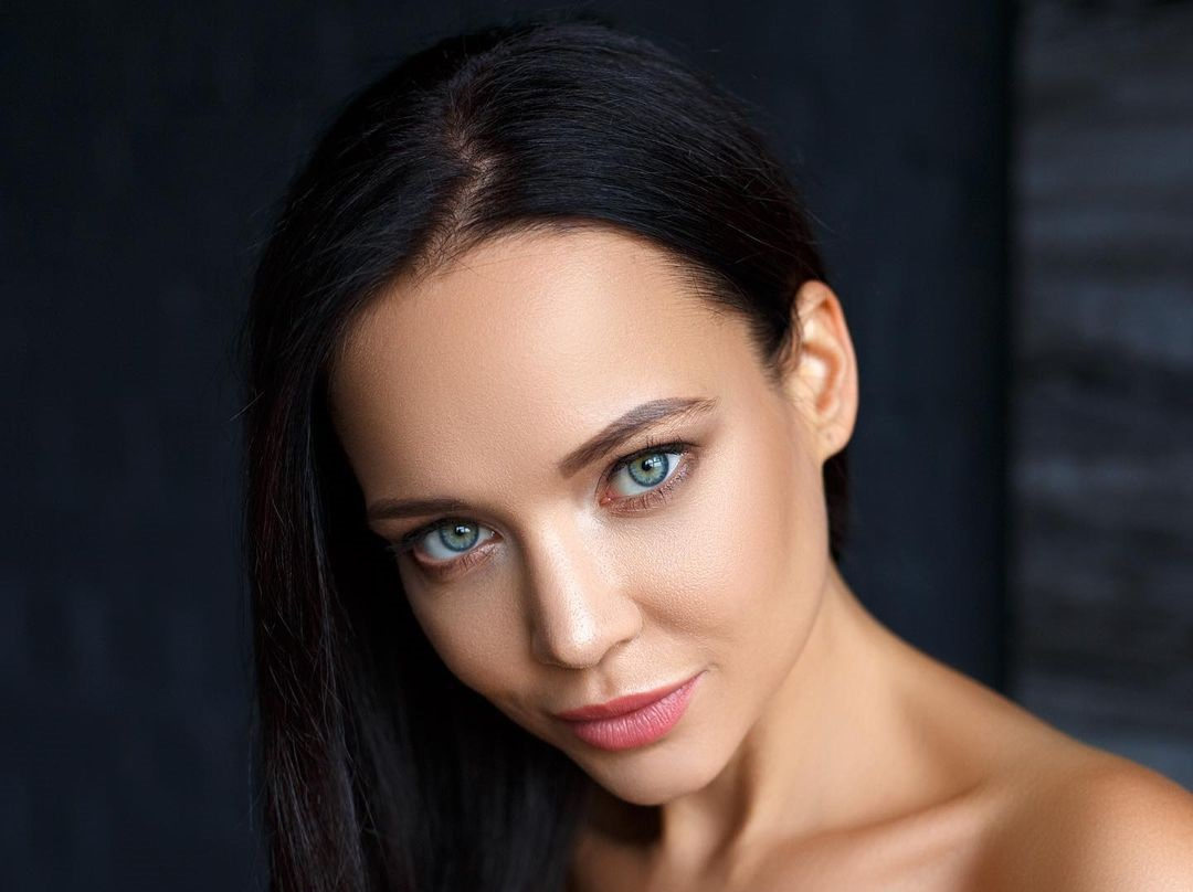 Angelina-Petrova-Wallpapers-Insta-Fit-Bio-8