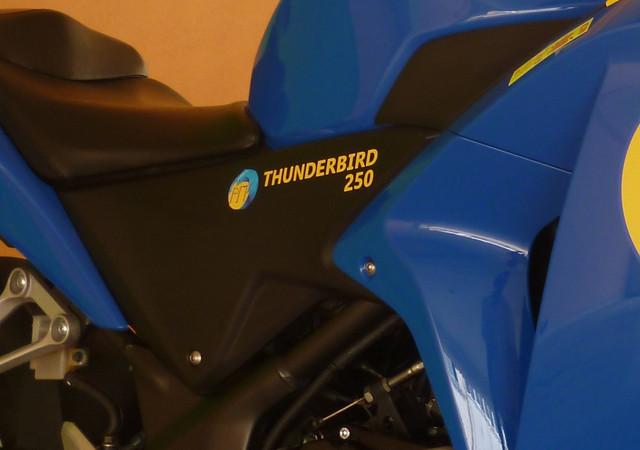 Thunderbird-250-2