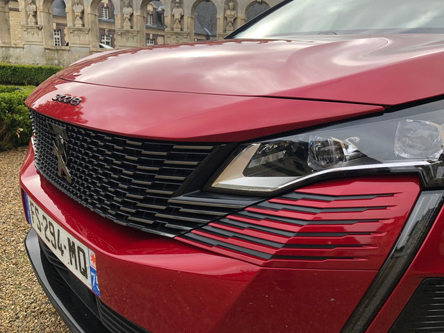 2020 - [Peugeot] 3008 II restylé  - Page 25 E1-FD4572-93-C0-4-D0-B-B032-F4-EDAEB7-A4-D7