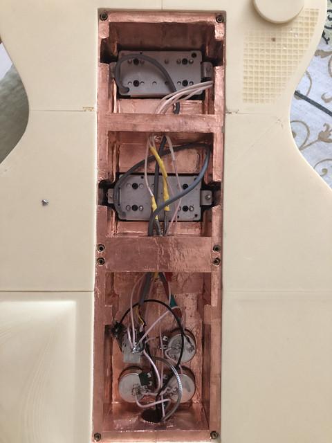 AF93-BC72-8-EA8-41-CF-A319-26-E03-F60279-C