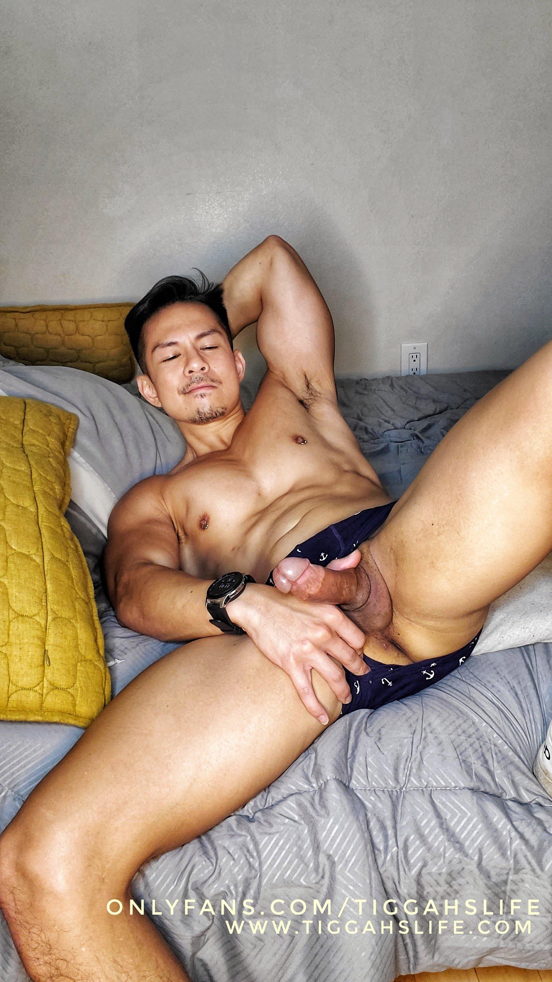 OF - tiggahslife, trung niên lực lưỡng & bạn trai (Non-sex)