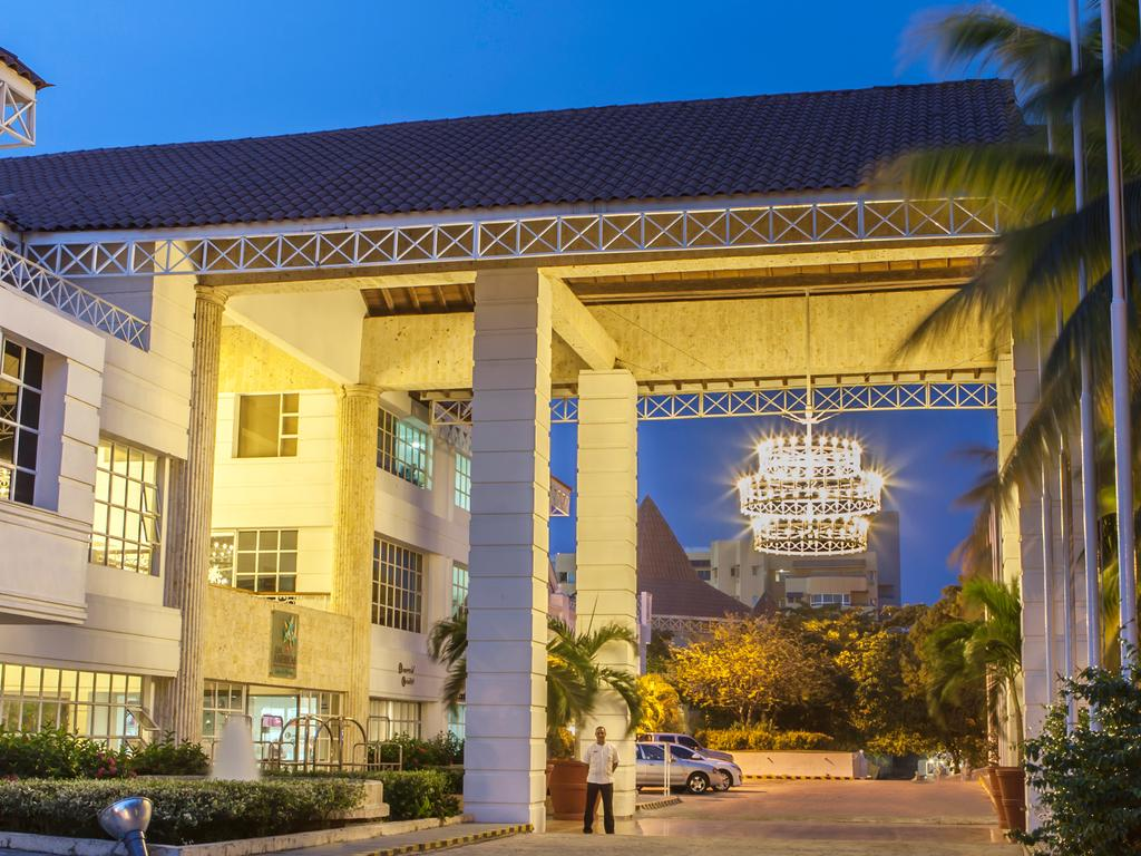 hotel-las-americas-casa-de-playa-atrio