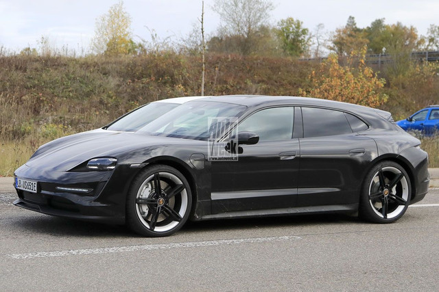 2020 - [Porsche] Taycan Sport Turismo - Page 3 CDECA60-C-CD90-44-A9-B5-A8-4219-D83-DE57-A