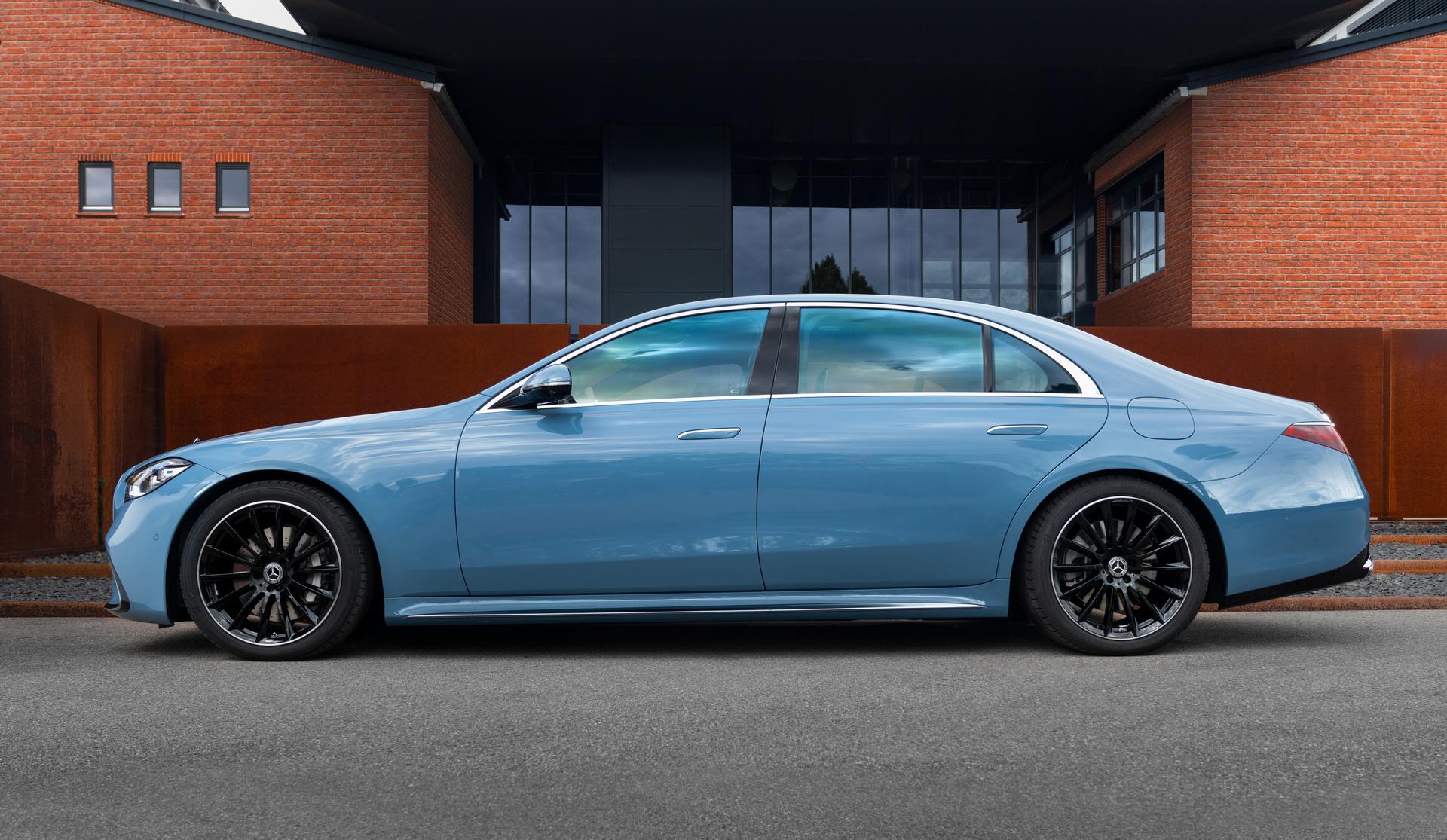 2022-Mercedes-Manufaktur-Label-3