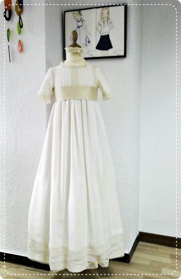 vestido-comunio-n-muselina-Leonor-y-Sofi-a