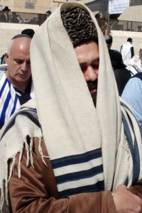 Synagogue-man-SS1-e1372136310748.jpg