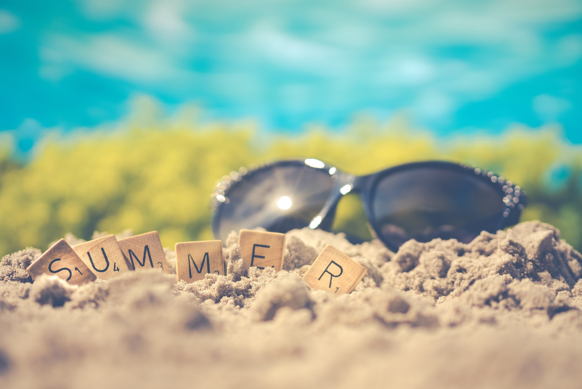 June journal prompts to use as we shift into the summer months.