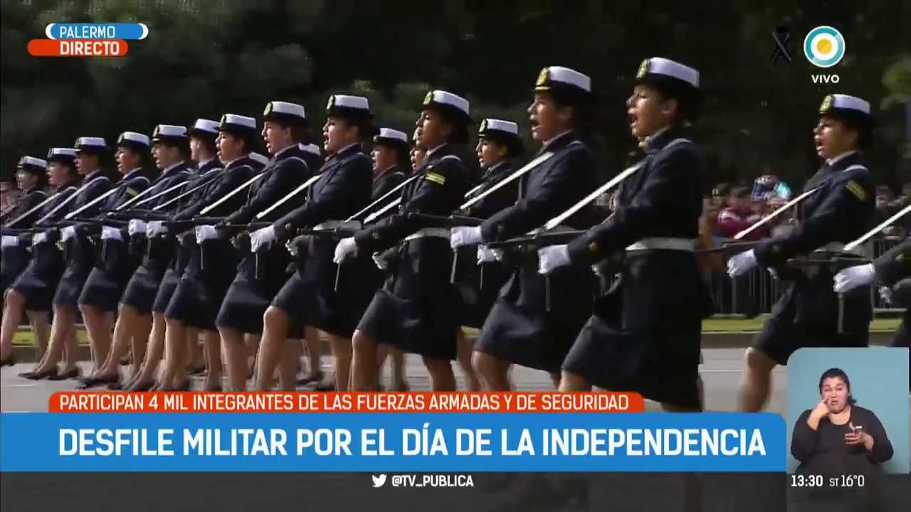 Mauricio-Macri-encabeza-el-desfile-del-9-de-Julio-TPANoticias-mp4-004285972
