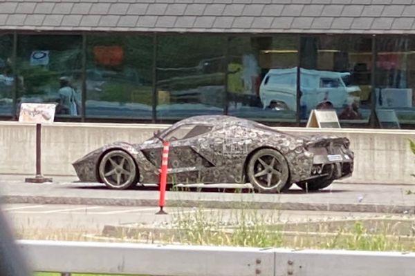 2023 - [Ferrari] LaFerrari II 54288-AA2-B088-493-F-8782-24483-BA3-D592