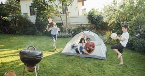 Ide Area Bermain Halaman Belakang Bersama dengan Anak Anda