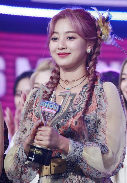 TWICE-10-MBC-MBC-1-2020-6-10-1